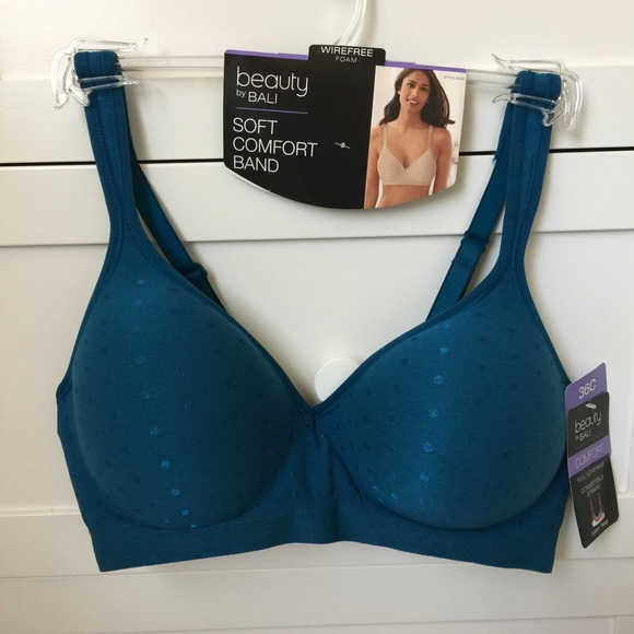 103d339ab0 Beauty by Bali Women s Wirefree Foam Bra. 36C